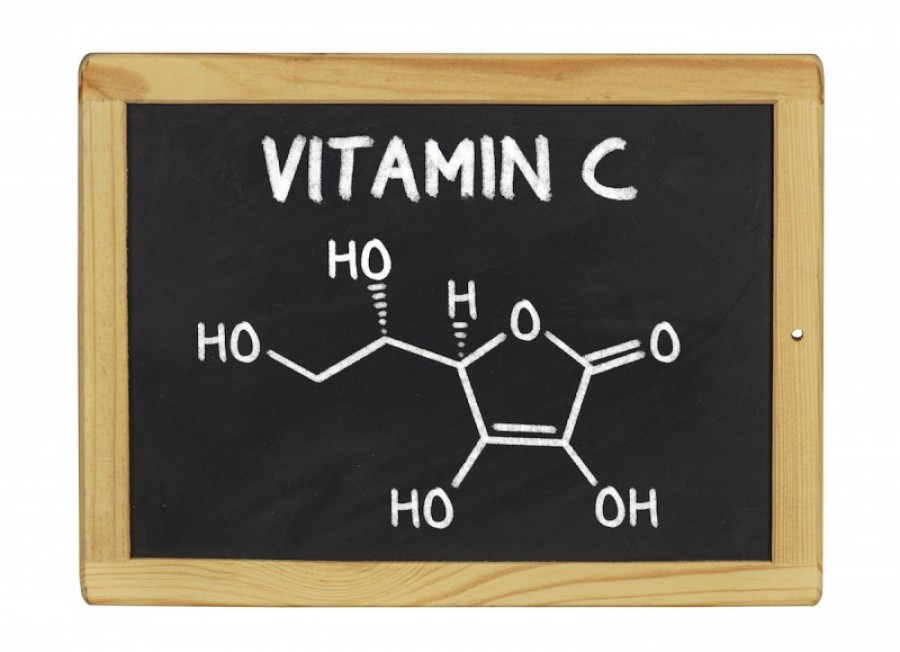 Okozhat-e vesekövet a C-vitamin?