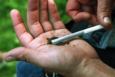 A legnagyobb veszélyt ma már az ingyen drog jelenti!