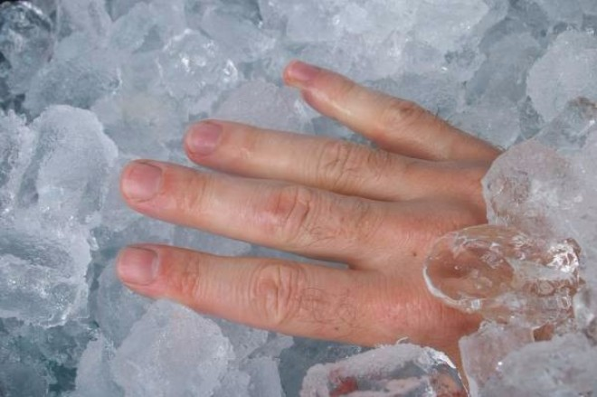 Gyakran érzed jéghidegnek a kezed és a lábad? A rossz vérkeringés az oka!